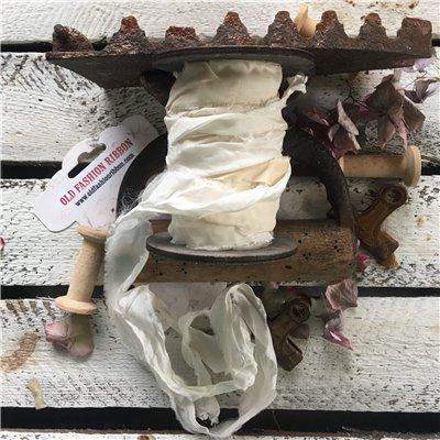 Old Fashion satin ribbon - krém