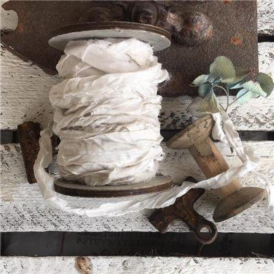 Old Fashion satin ribbon - old white/ófehér